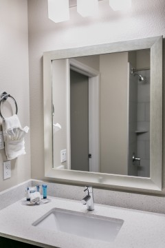 Hotel Siri Downtown Paso Robles - Bathroom Vanity